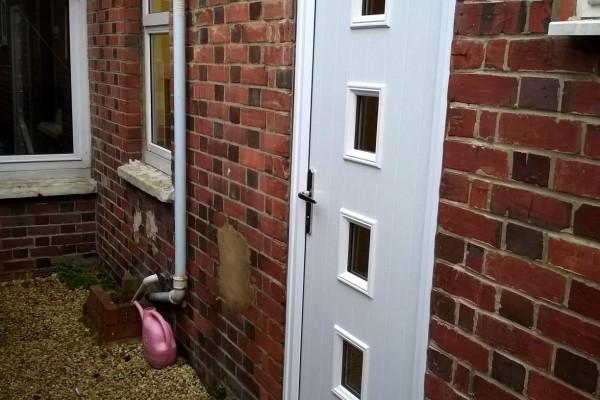 White-4-Square-Global-Composite-Door5