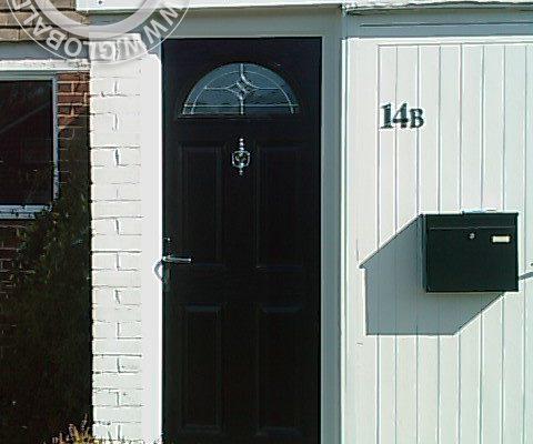 black-4-panel-1-arch-global-composite-door-5