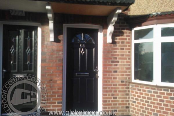black-4-panel-1-sunburst-global-composite-door