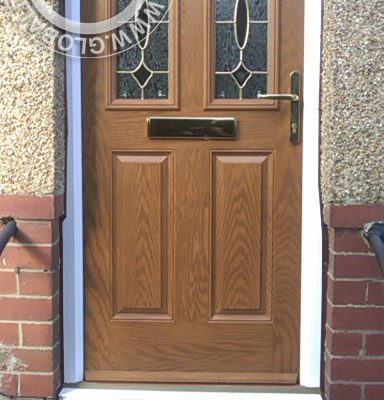 oak-2-panel-2-square-1-arch-global-composite-door-gold-hardware