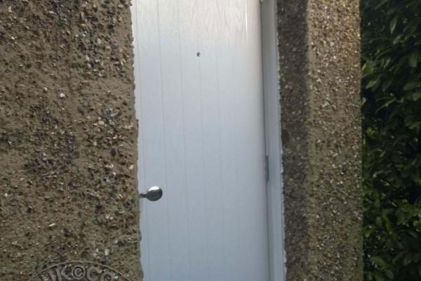 white-cottage-global-composite-door