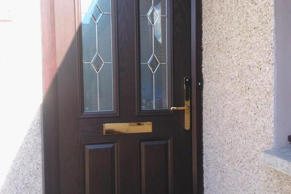 woodgrain-2-panel-2-angle-global-composite-door