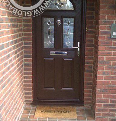 woodgrain-2-panel-2-square-1-arch-global-composite-door