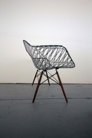 carbon_fiber_eames_sofa_matthew_strong_04-thumb-468x702-69500