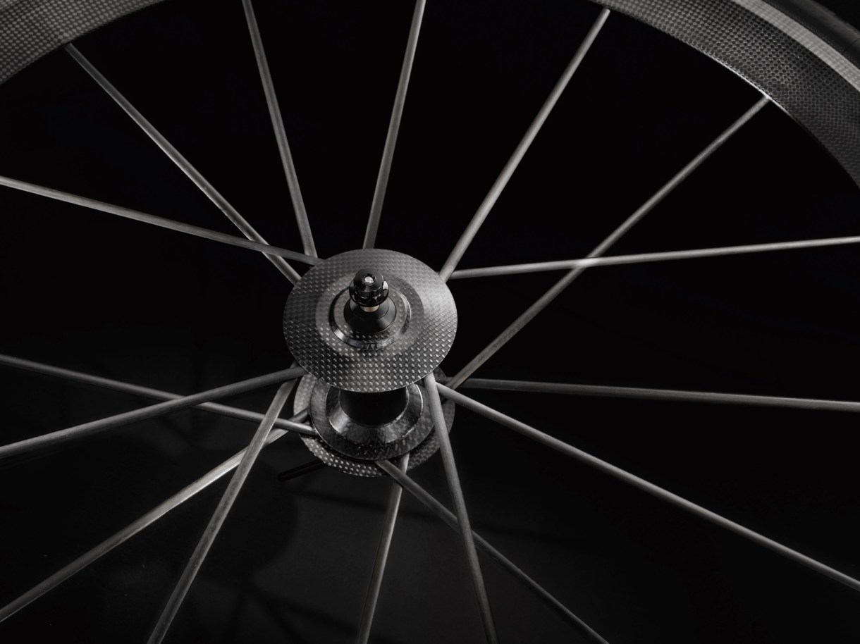 A close up of the carbon wheels made by CarbonSports
