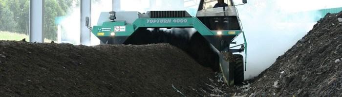 Máquinas para voltear pilas de compostaje