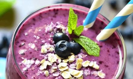 Smoothie con blueberries, plátano y avena