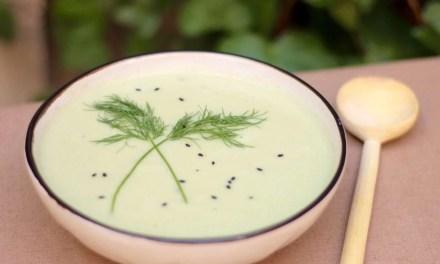 Sopa fría de Kéfir & Pepino