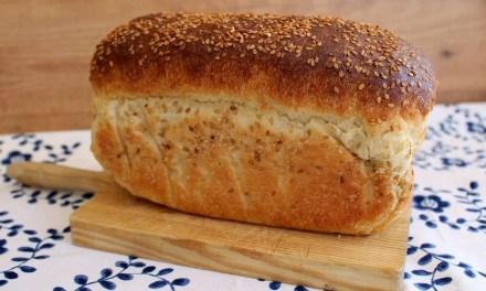 Pan de Kéfir y Tahini