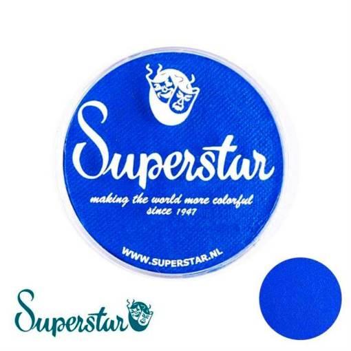 Superstar es una pintura de cara suave y cremosa altamente pigmentada. Se mezclan fácilmente, se secan en 30 segundos sobre la piel y se secan hasta obtener una cobertura sin manchas.  Si quieres convertirte en un profesional, puedes obtener Superstar Bright Blue en el contenedor de 45 gramos. Pintura facepaint | Bright Blue 45gr
