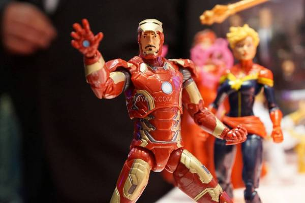 Toy-Fair-2015-Hasbro-Marvel-Infinite-Series-013