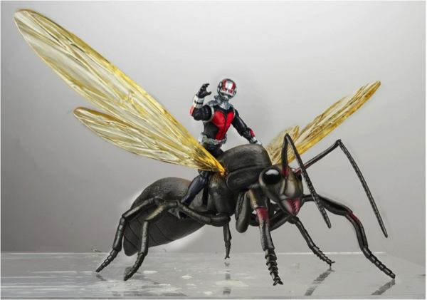sm_Ant-Man-with-Flying-Ant