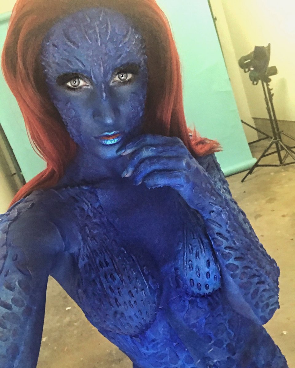Halloween Maxim 2017