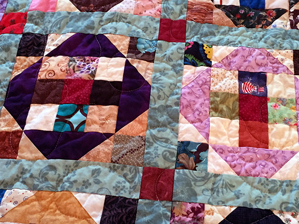 Close up view of the quilt pattern