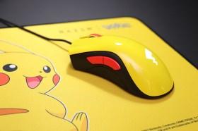 Razer|寶可夢皮卡丘聯名限定款滑鼠/滑鼠墊組開箱!尾巴圖案會發亮喔