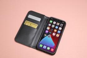 卡片付款收納更便利! Moshi Overture iPhone 12 磁吸可拆式卡夾型皮套開箱試用介紹