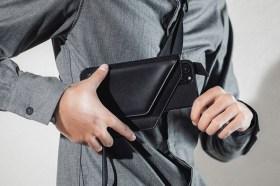 超時尚!Moshi 斜背式雙卡槽手機皮套 & Arx MagSafe磁吸輕量保護殼開箱介紹