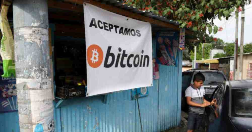 Bitcoin mining in El Salvador at the start (Photo IlFattoQuotidiano)
