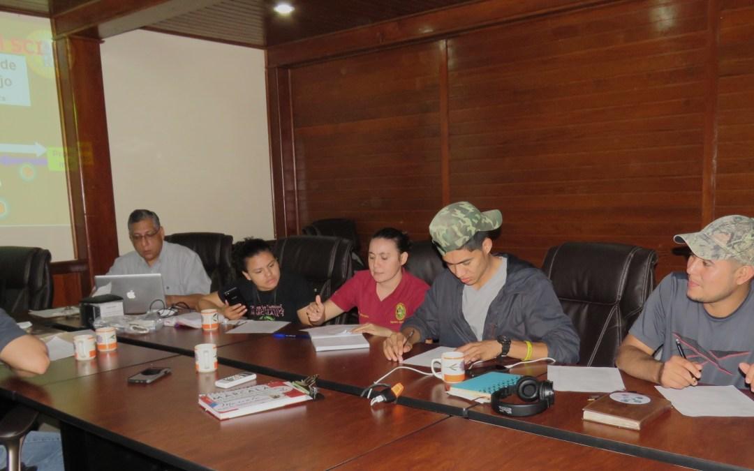 El equipo técnico y el equipo de certificaciones de COMSA recibe capacitación para el monitorio de las normas orgánicas