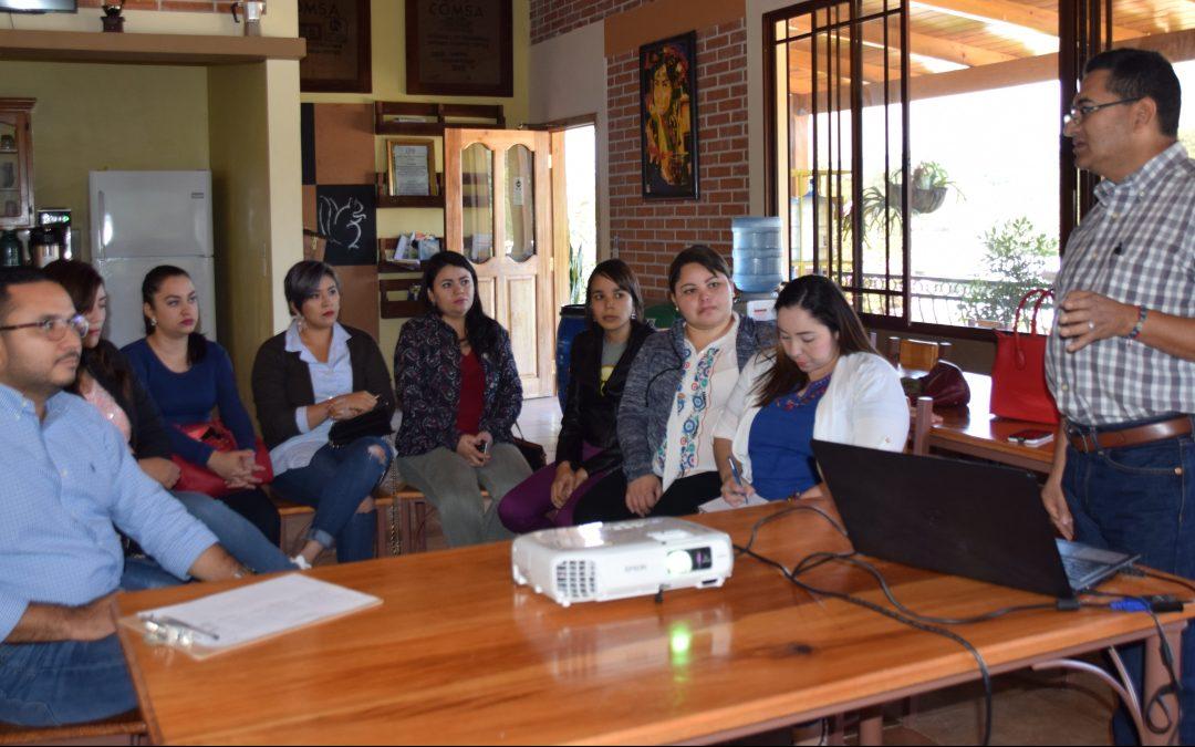 Estudiantes de Maestría de UPH conocen la Filosofía de COMSA