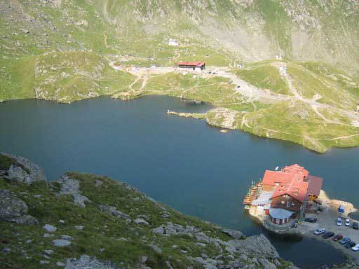 lacul si cabana balea