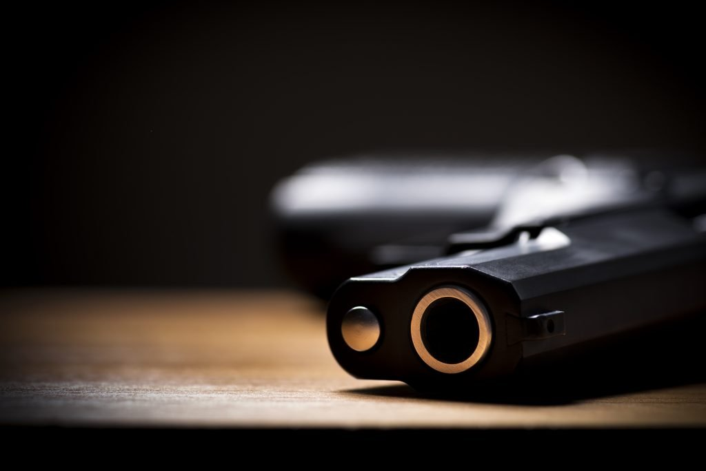 Legittima difesa: Giusto l'uso delle armi?