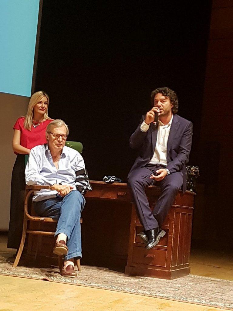 Successo per il primo Premio Internazionale Arte Milano: presenti Vittorio Sgarbi, Moni Ovadia e Marco Travaglio