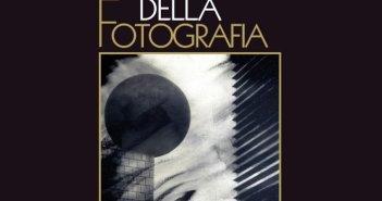 """Copertina del volume """"Architettura della fotografia"""""""