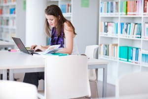 Hay un total de 2.992 bibliotecas utilizando AbsysNet y 427 utilizando Absys