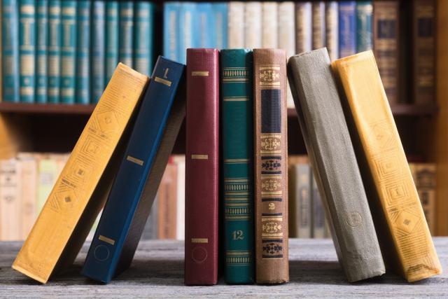 Sabes cuáles son los libros más vendidos de 2017 a través de Internet en España