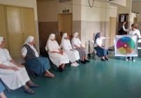Las Hermanas de la Misericordia recorren el Camino al Corazón