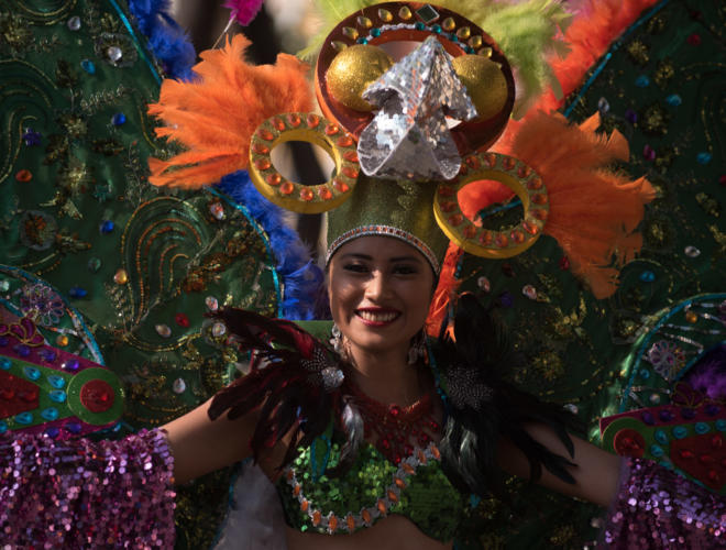A carnival queen in her dress. Photo: Santiago Billy/Comvite