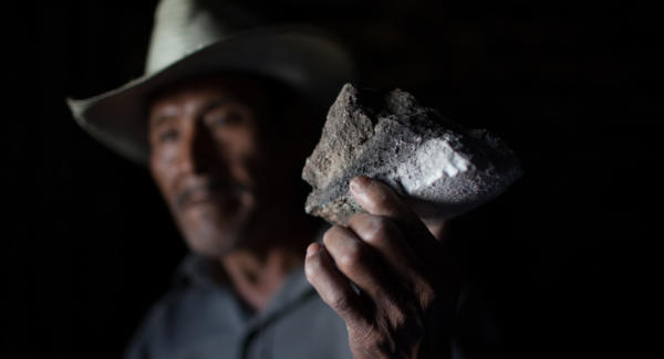 Maximino Gómez y Gómez.,70 years old, with the black salt. Photo: Jeff Abbott/Comvite