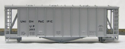 HO 2600 Cu Ft Airslide Covered Hopper (Kit) Union Pacific (original) (01-9716)