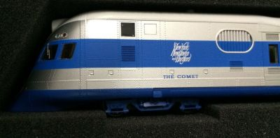 HO NEW HAVEN COMET 3 CAR SET 0001-008735 (Only a few left hurry if interested)