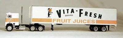 HO Vita Fresh Orange Juice 18 Wheeler (4-1069)
