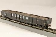 HO Gondola /with Resin Tie Half load Herzog Railway - Black. (02)