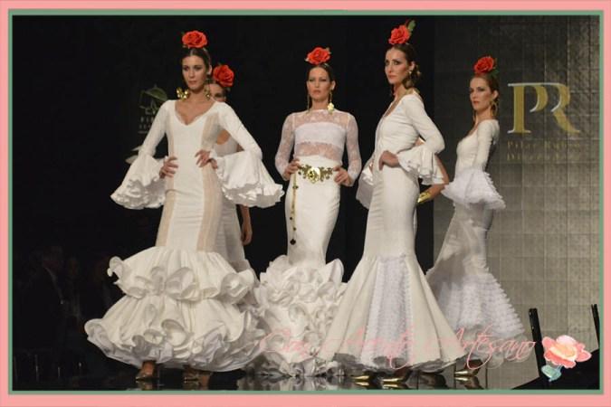 Trajes de flamenca en blanco de Pilar Rubio