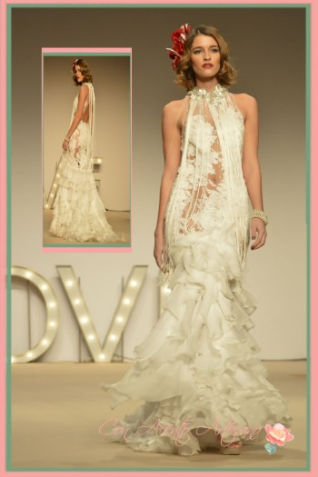 Vestido de novia de encaje y volantes de Higar Novias