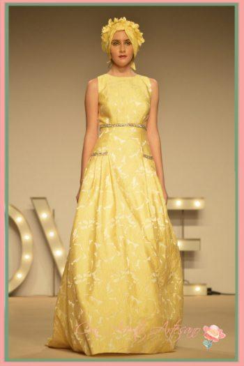 Vestido largo amarillo de Ana Torres