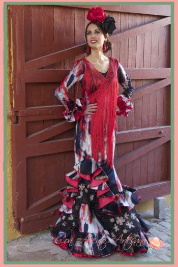 Vestido de flamenca en negro y rojo de María José Segura