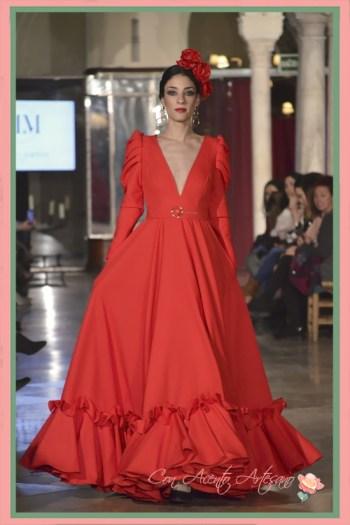 Traje de flamenca setentero en rojo de Manuela Martínez
