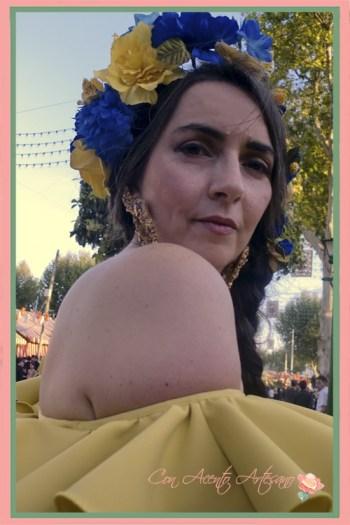 Detalle de las flores de Ópalo Negro al completo para estilismo flamenco de Amalia Vergara