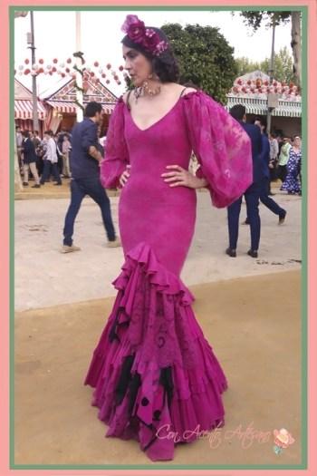 Traje de flamenca buganvilla de la colección Hilo Calé de Aurora Gaviño