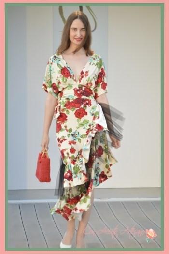 Vestido de flores de Chloe Malla