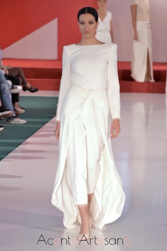 Vestido de novia pantalón con cola desmontable de Belyca