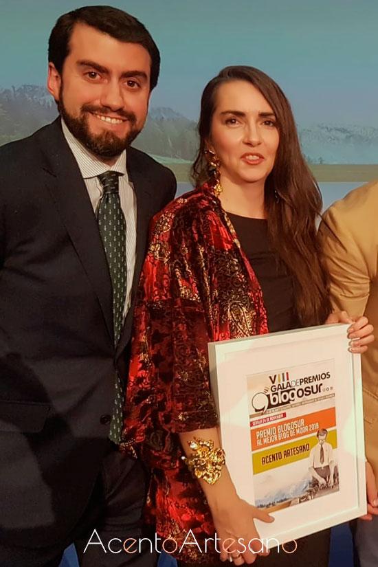 Yo, Susana Rodríguez, editora de Acento Artesano con Juanmi Pereda, Director Comercial Blogosur