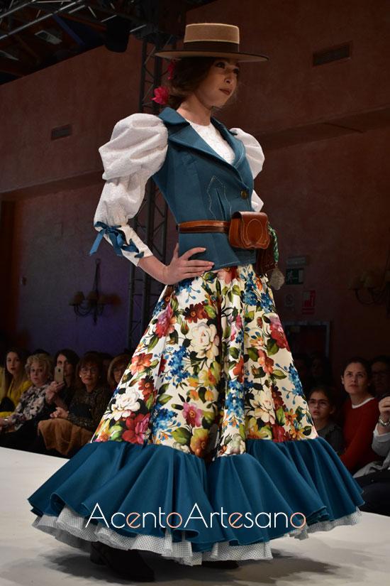 Traje para el camino de Fernando M. Usero Rodríguez en Noveles de Pasarela Doñana D'Flamenca