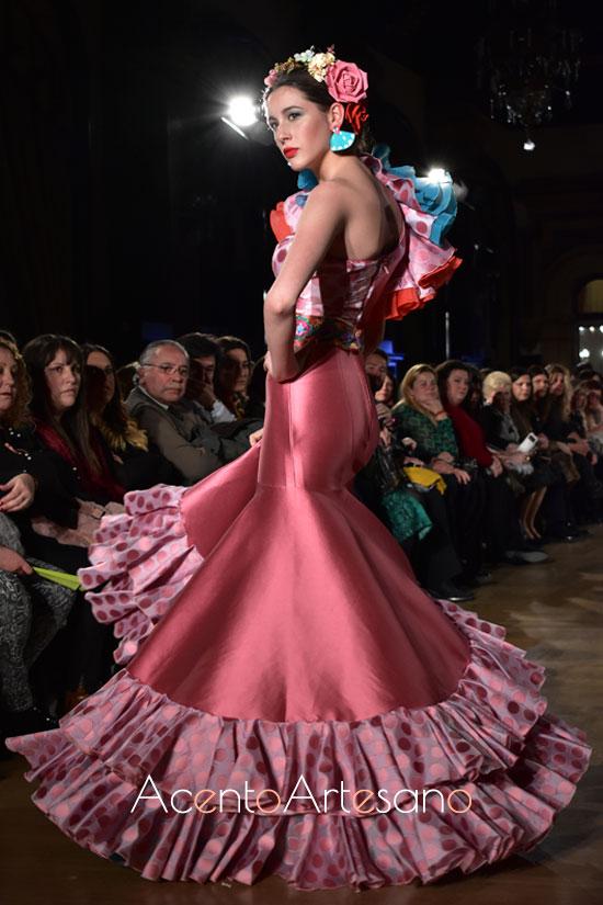 Traje de flamenca rosa cuarzo de Atelier Rima