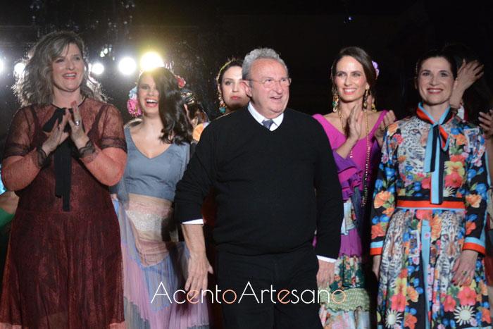 El Ajolí tras el carrusel de la presentación de su colección Sueña Primaveras en su desfile en We Love Flamenco 2019
